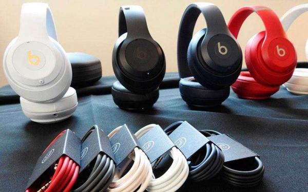 Apple представила беспроводную гарнитуры Beats Studio3 по цене 24,990