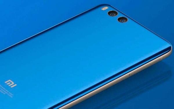 Красивый Xiaomi Mi Note 3 имеет отличную двойную камеру