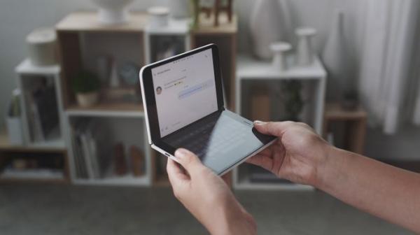 Microsoft Surface Duo все-таки выпустят в Европу, но только в 2021 году