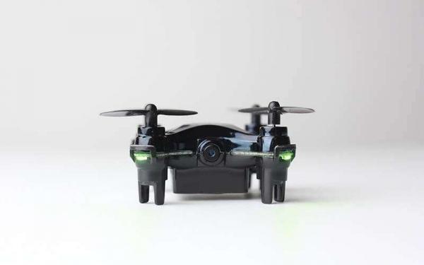 Вот он самый маленький в мире квадрокоптер с камерой – VIDIUS Axis