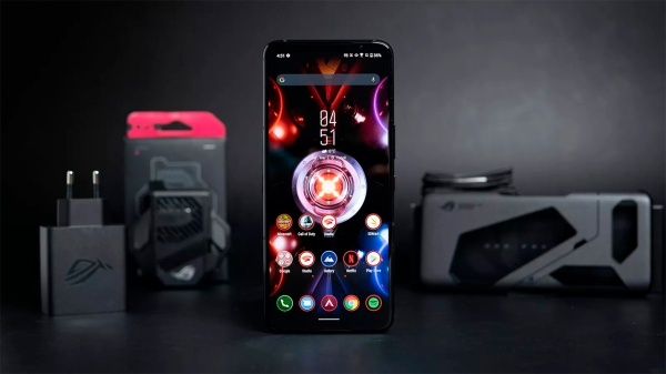 Новые ASUS ROG Phone 5: топ для геймеров?