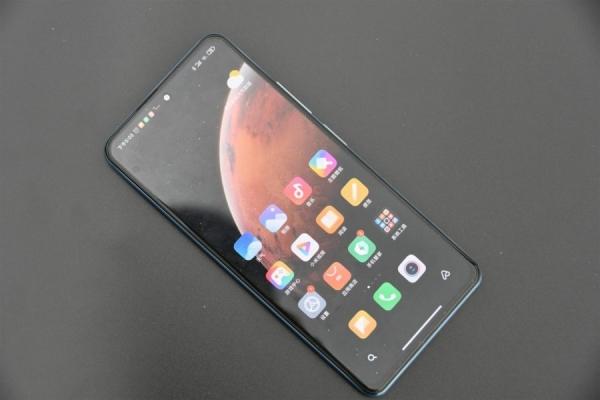 Новые подробности о геймерском смартфоне от Redmi