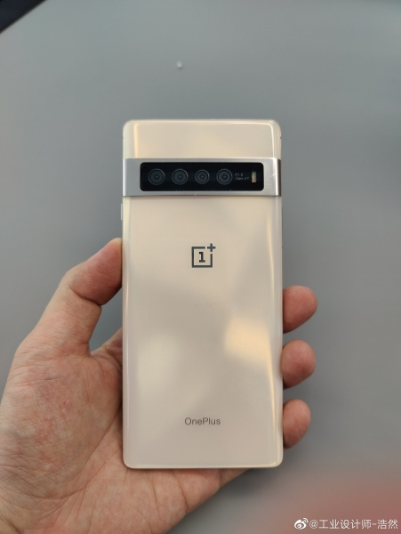 Неизданный прототип OnePlus 7 Pro появился на фото