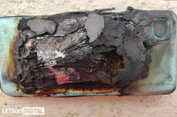 OnePlus Nord 2 взорвался, навредив женщине