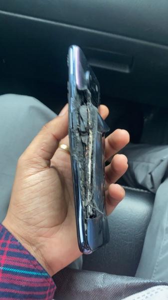 Бюджетный Xiaomi взорвался во время зарядки
