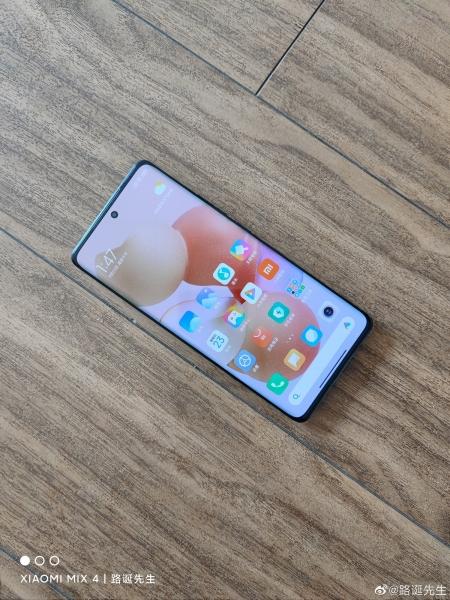 Xiaomi Civi: еще больше живых фото и видео