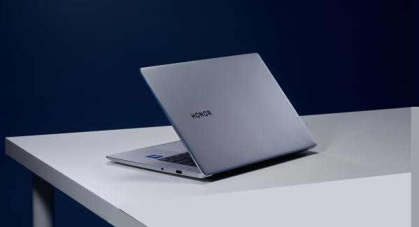 Обзор Windows 11: Как она работает на ноутбуке?